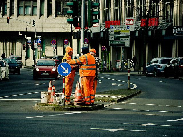 Profesión de peón de obras públicas.