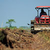 ¿Cuánto cobra un operador de maquinaria agrícola?